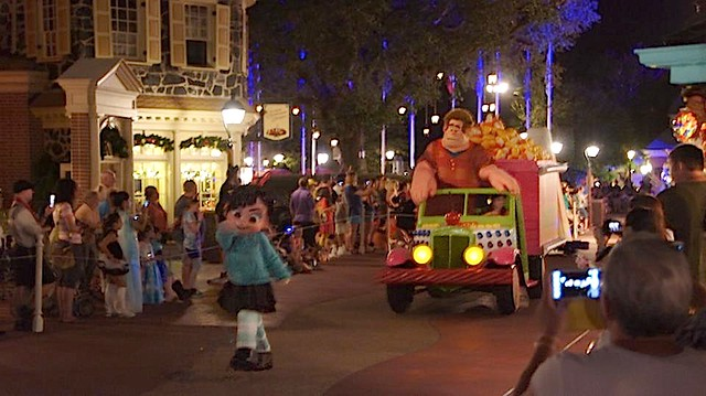Mickey's Not-So-Scary Halloween Party 2014 at Walt Disney World