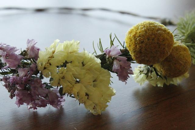detalle corona de flores #manualidades #aprendiendo