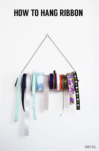 how-to-hang-ribbon1