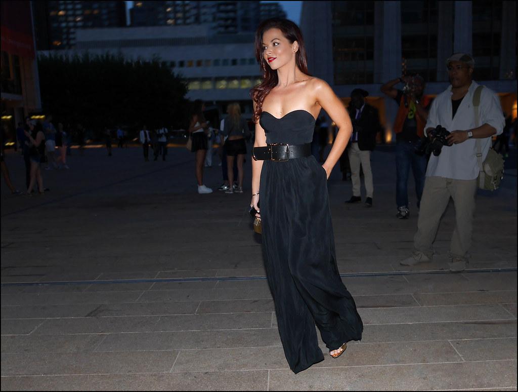 FW9-14  16w long black strapless dress