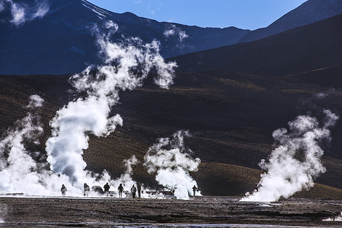 chile morning sunrise el andes geyser activity volcanic tatio geysers
