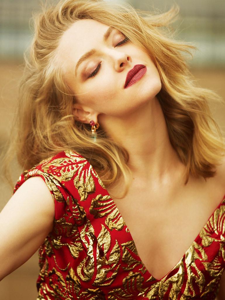 Аманда Сейфрид — Фотосессия для «Elle» CH 2016 – 3