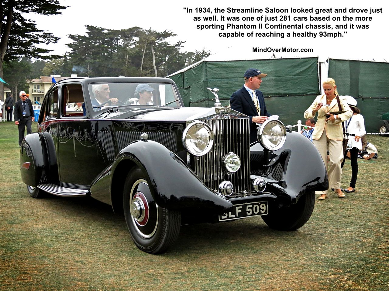 Rolls Royce Phantom II Streamline Saloon award winner at Pebble Beach
