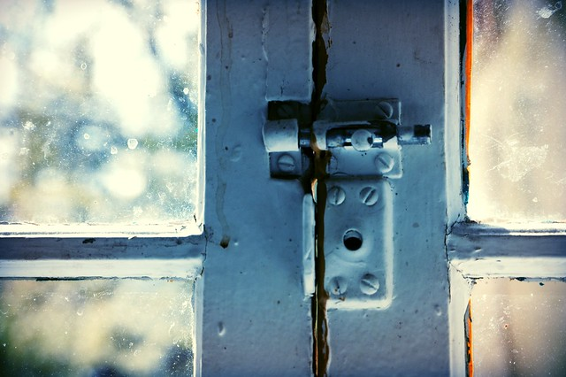 What will be secret force to open the lock? (Credits: Wonderlane / FlickR)