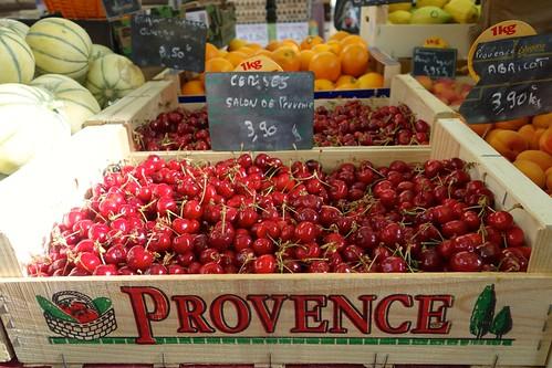 Lush cherries