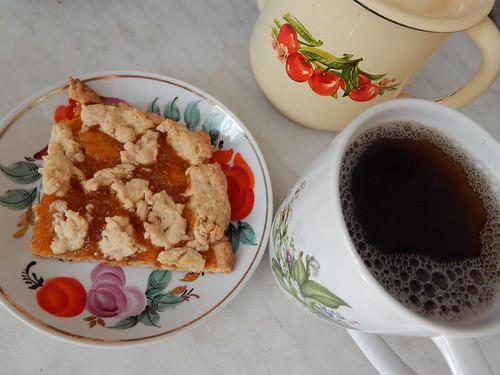 пирог чай и чайник