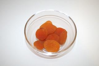 14 - Zutat getrocknete Aprikosen / Ingredient dried apricots