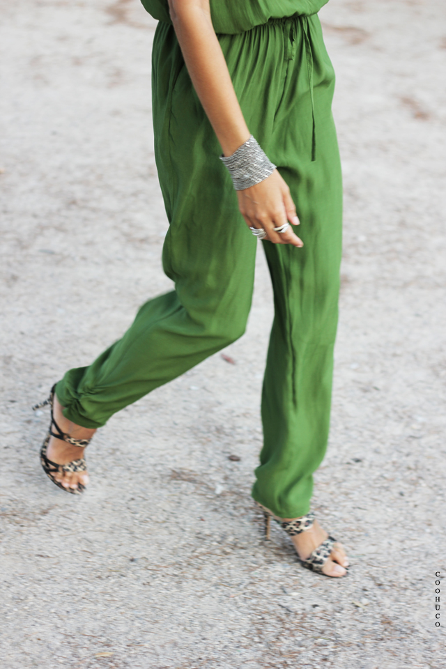 green jumpsuit coohuco 11