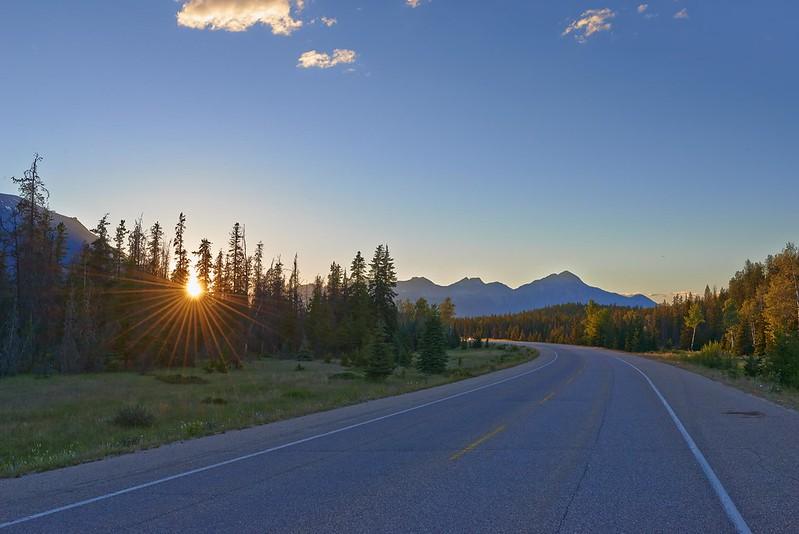 Last sun rays on the Icefields Parkway - Jasper National Park