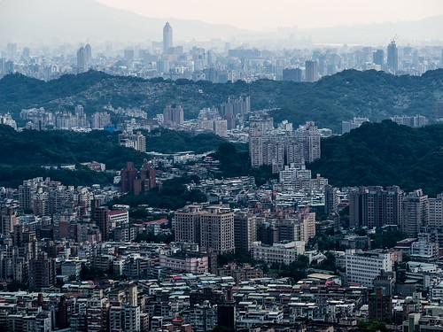 city taiwan olympus taipei f18 台灣 台北 shinkonglifetower omd 貓空 新光大樓 75mm em5