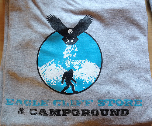 Eagle Cliff Store Washington Cascades 2014 iphone_0664