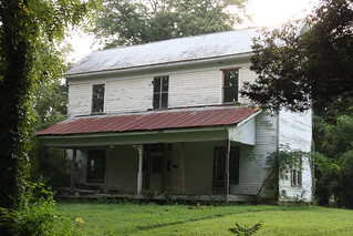 Old Tavern or House / P2013-0901D017