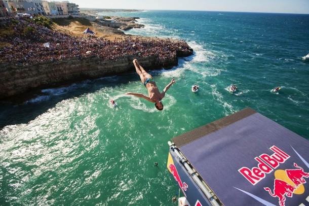 red bull cliff diving polignano a mare