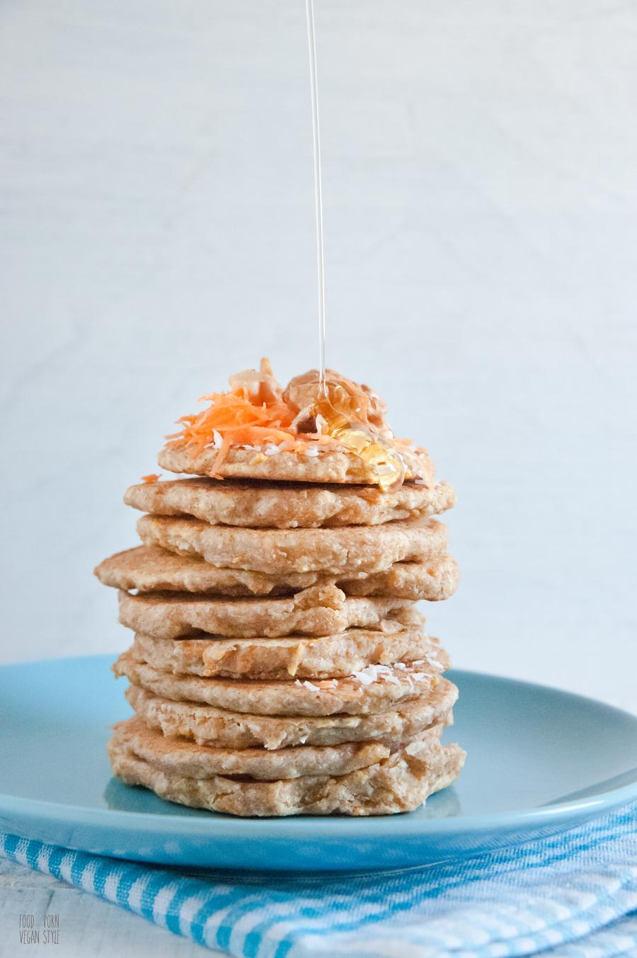 Vegan coconut-carrot pancakes