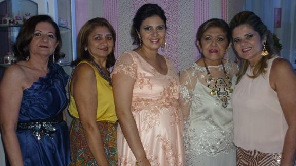 Ozileide Moura, Marlene Moura, Renata Moura Santos, Rita Moura e Ione Moura