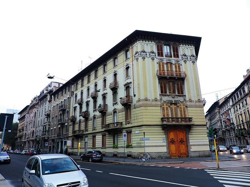 Milano, via Lorenzo Mascheroni