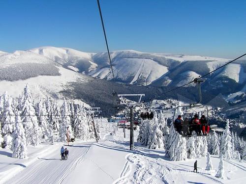 Zalyžujte si ve Skiareálu ŠPINDLERŮV MLÝN během zimní sezony 2016/17