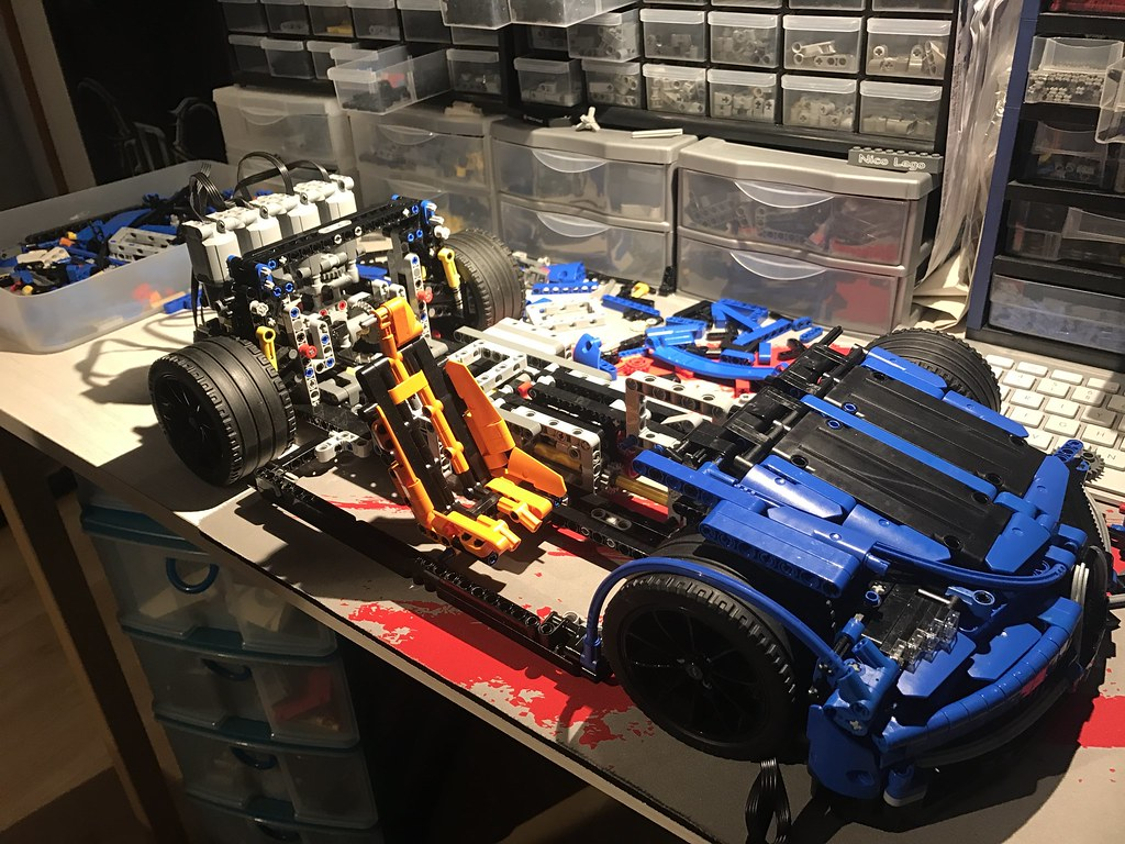 wip bugatti chiron 1 8 page 2 lego technic and model team eurobricks forums. Black Bedroom Furniture Sets. Home Design Ideas
