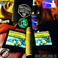 from @king_james_mvsa_tvl  -  Shout out to @southerncloudcartel  and @grinchlyfecompwires for this amazing wire! Rocking that M-16 #tvl with the matching cap and @ekdt Tip juiced up with that fire @majorleaguedripclub jelly fish! Check out our team and jo