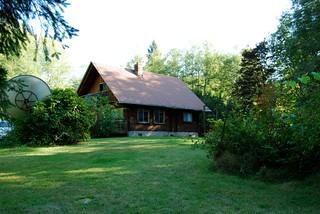Bonnie Brown's cabin