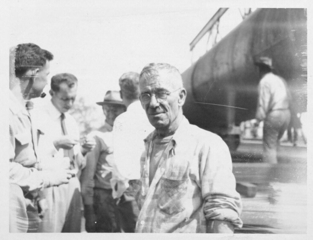 Magnolia Petroleum Company Smokestack Transportation Preparation (AC604-A07-006)