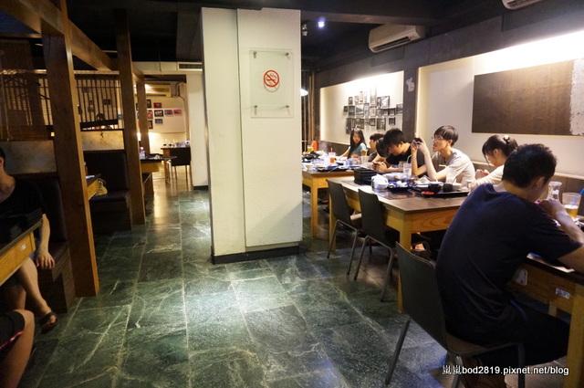14438522457 444b6a80b6 o - 【台中東海】咕嚕咕嚕-餐廳氣氛佳,鍋物不貴,壽喜燒可任選兩種肉!