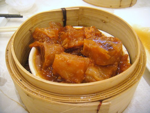Steamed Beef Tendons with Chu Hau Sauce