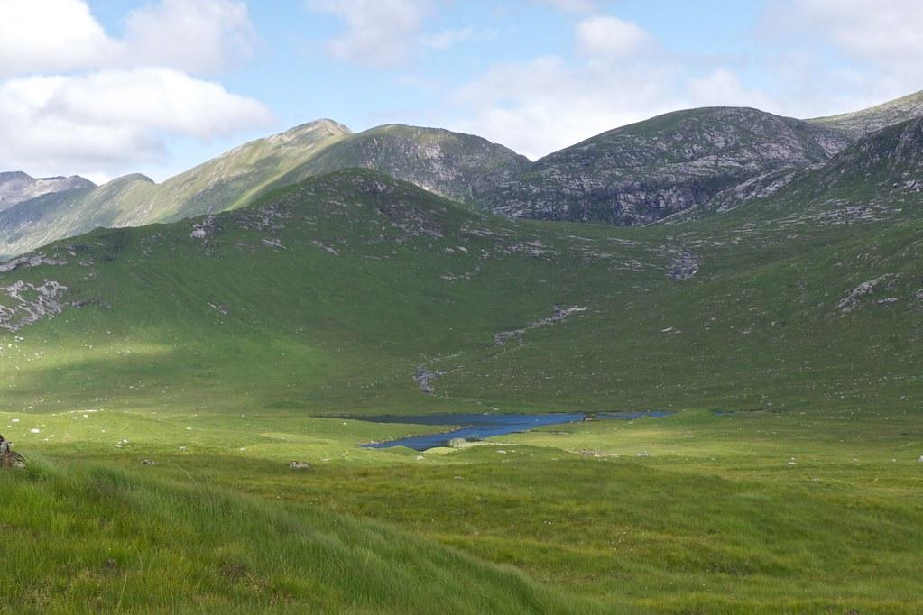 Stob Coir'an Albannaich above Lochan na h-Iuraiche