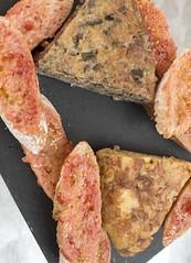 Truita paisana i de patates amb pa amb tomàquet