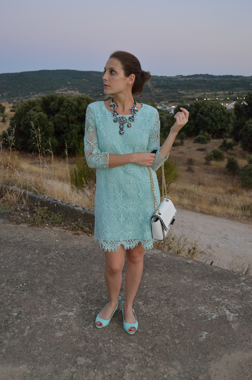 lara-vazquez-mad-lula-fashion-trends-mint-look