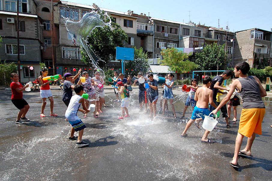 Детские праздники Ереванская улица аниматоры на дом Марьина Роща