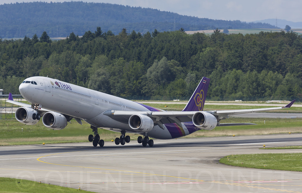 Thai Airways International Airbus A340-642 HS-TNA