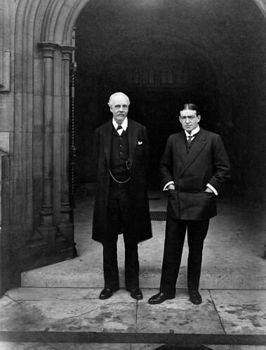 Ernest Shackleton visits Parliament in 1909
