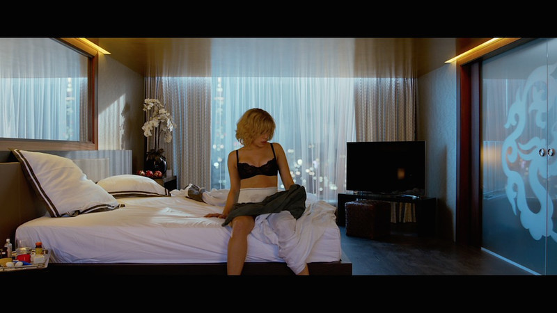 lucy-2014-movie-screenshot-2