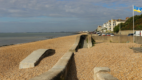 Sunday morning walk from Sandgate to Hythe. And back.