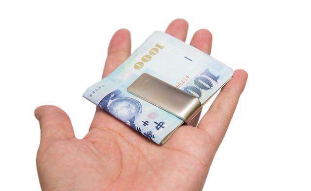 皮夾之外的選擇 – 不鏽鋼 INJOY LIFE 鈔票夾 @3C 達人廖阿輝