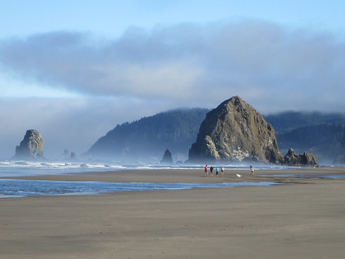 Cannon Beach Tapestry Retreat