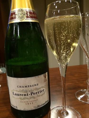 シャンパンで喉を潤します。@サントリーホール オープニング・フェスタ2014