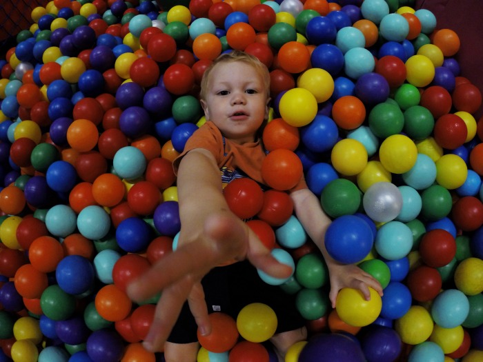 softplay pool pit