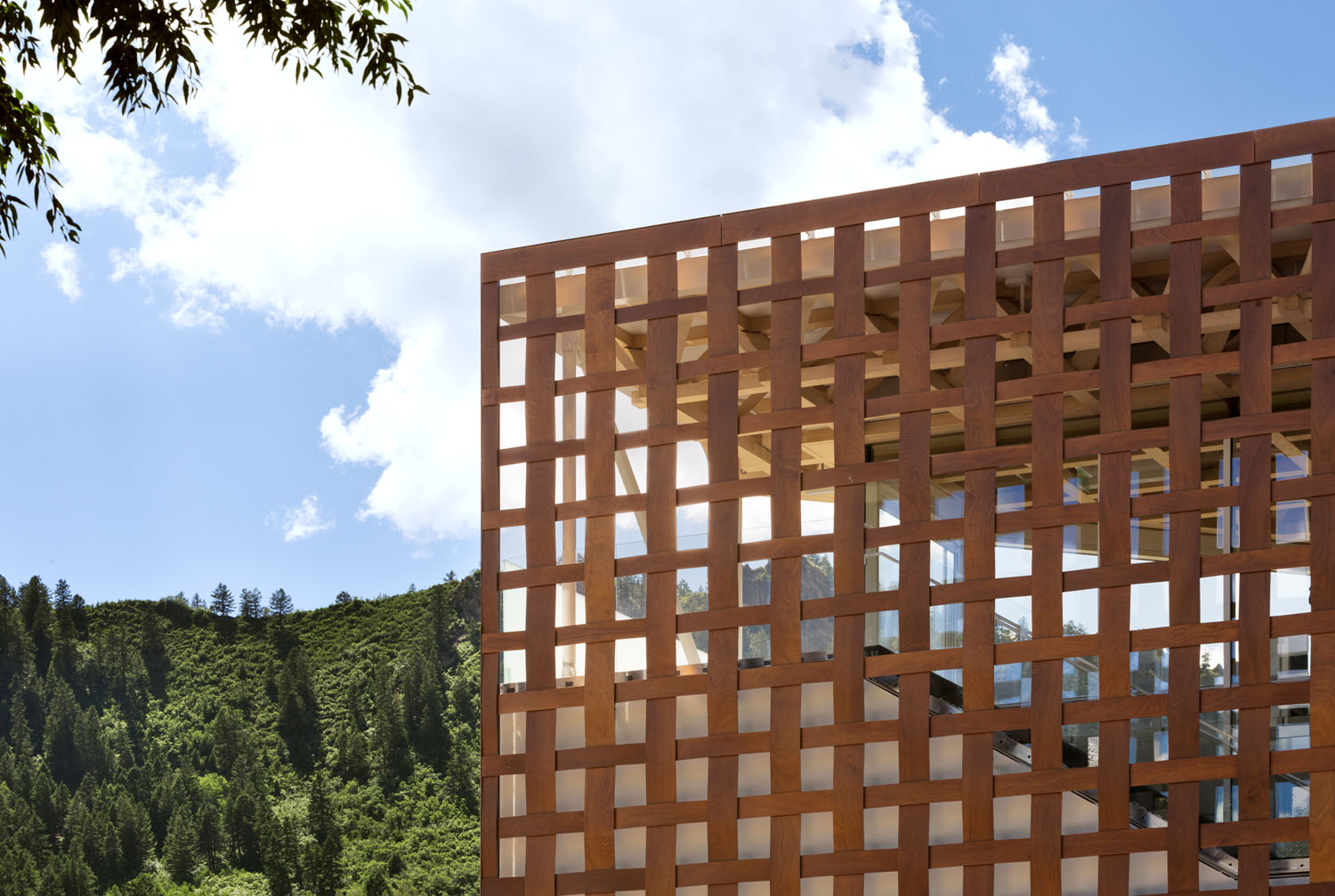 mm_Aspen Art Museum design by Shigeru Ban Architects_05