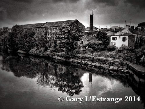 old ireland white black reflection water river landscape grey graffiti ruin bank derelict hdr louth drogheda boyne waterscape donaghys garylestrangephotography