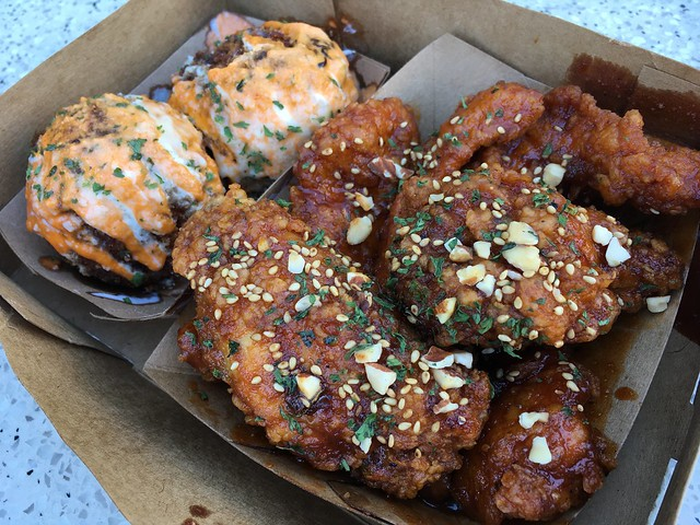 Hot and sweet chicken wings - Kokio Republic