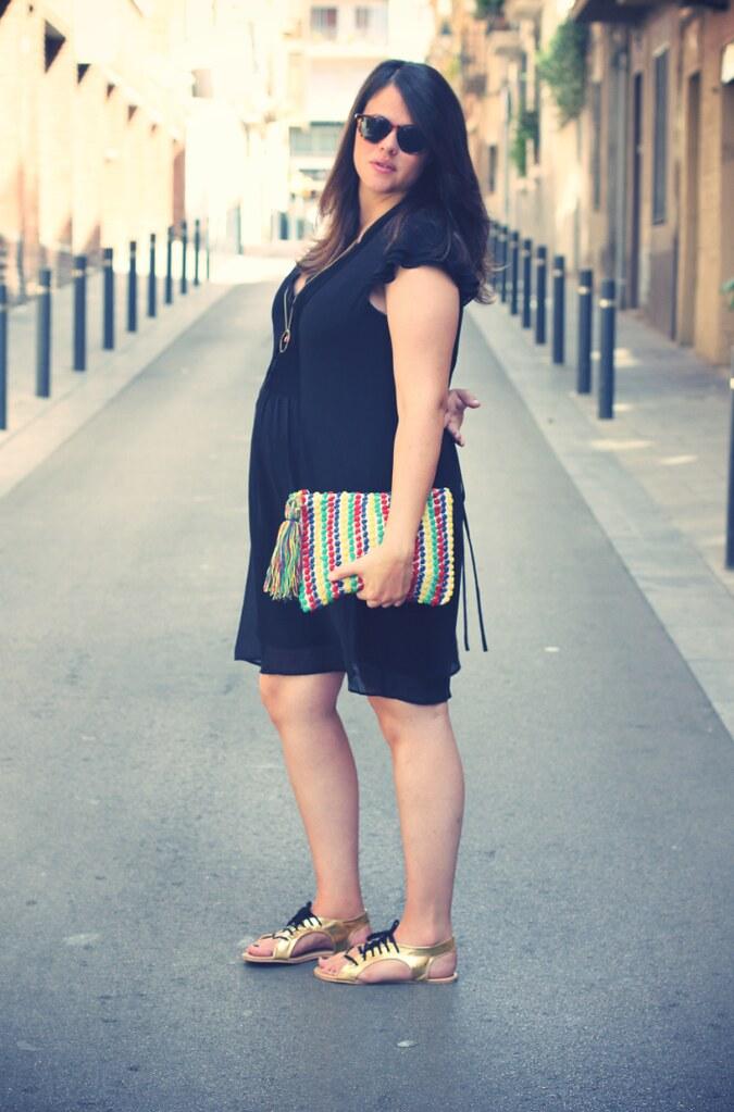 Look embarazada vestido negro