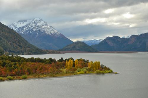 chile patagonia landscape otoño ohiggins carreteraaustral lagocisnes regiónayséndelgeneralcarlosibáñezdelcampo