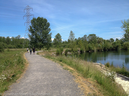 Salish Ponds park in Gresham