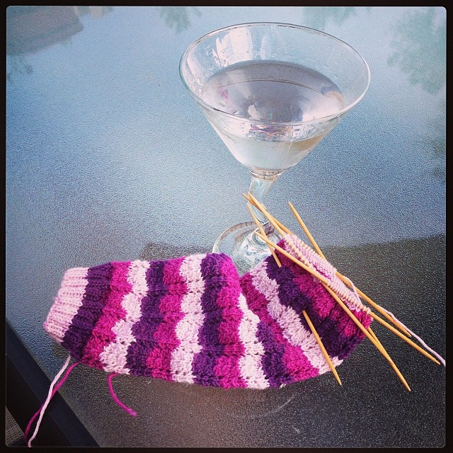 Enjoying a cocktail and some knitting outside - well deserved after spending all day planting things! #operationsockdrawer #felici #knitpicks #knitting #knit