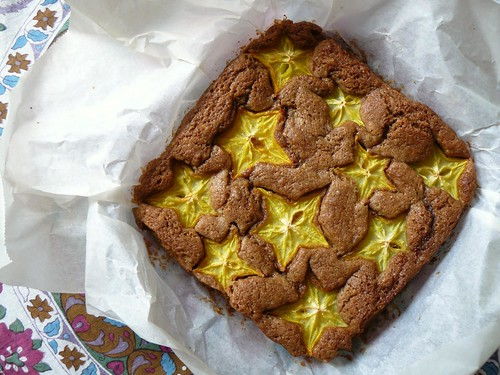Coconut cake with starfruit