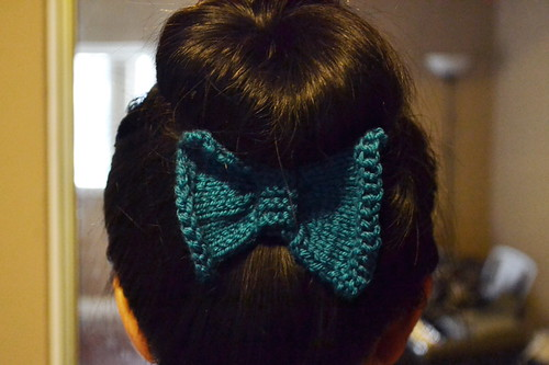 Bow (2) by Bitty Knitter