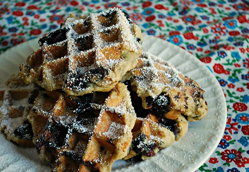 What's Cookin, Chicago?: GF Buttermilk Blueberry Belgian Waffles