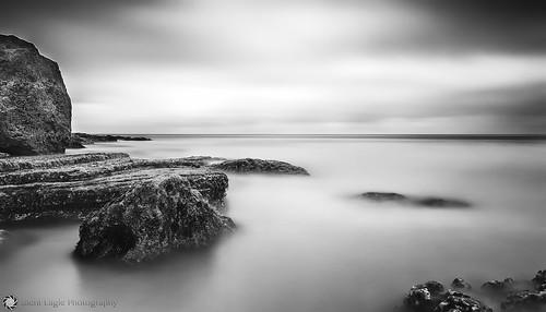 sea bw seascape sunrise canon big rocks long exposure north foggy east lee sep filters southshields stops copyright© silenteaglephotography silenteagle09 mg8889bw